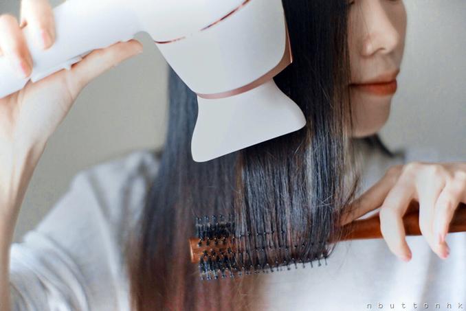 【機身輕巧不累手】Philips SenseIQ智能感控溫護髮電風筒